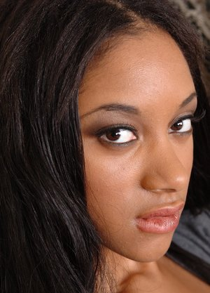 Beautiful face ebony naked